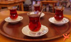 Demlikte Kalan Çayı Değerlendirmenin 8 Yolu