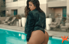 1 Milyon Abone Karşılığında Seks Görüntüleri!