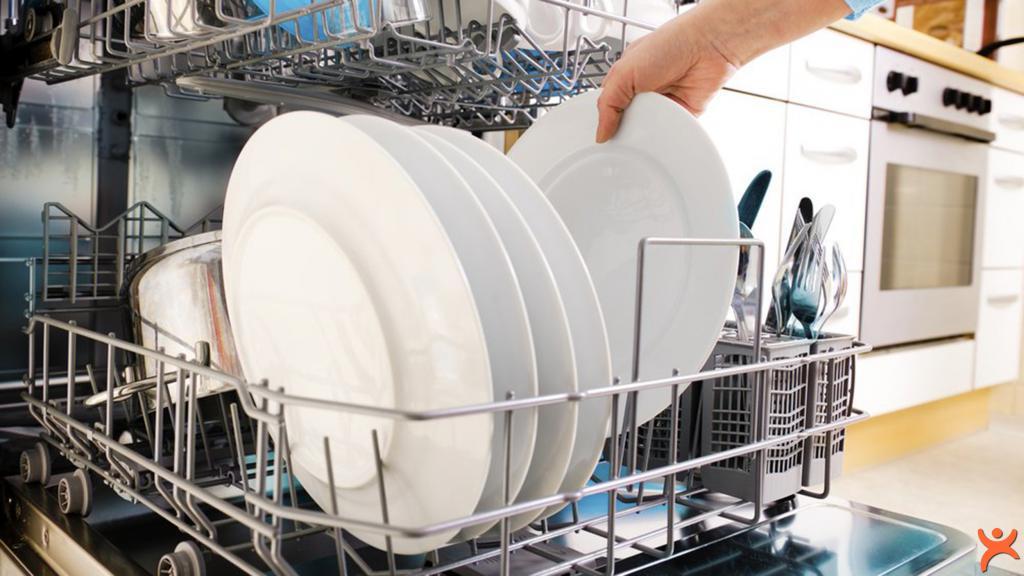 Bulaşıkları Makineye Koymadan Önce Sudan Geçirmeyin!