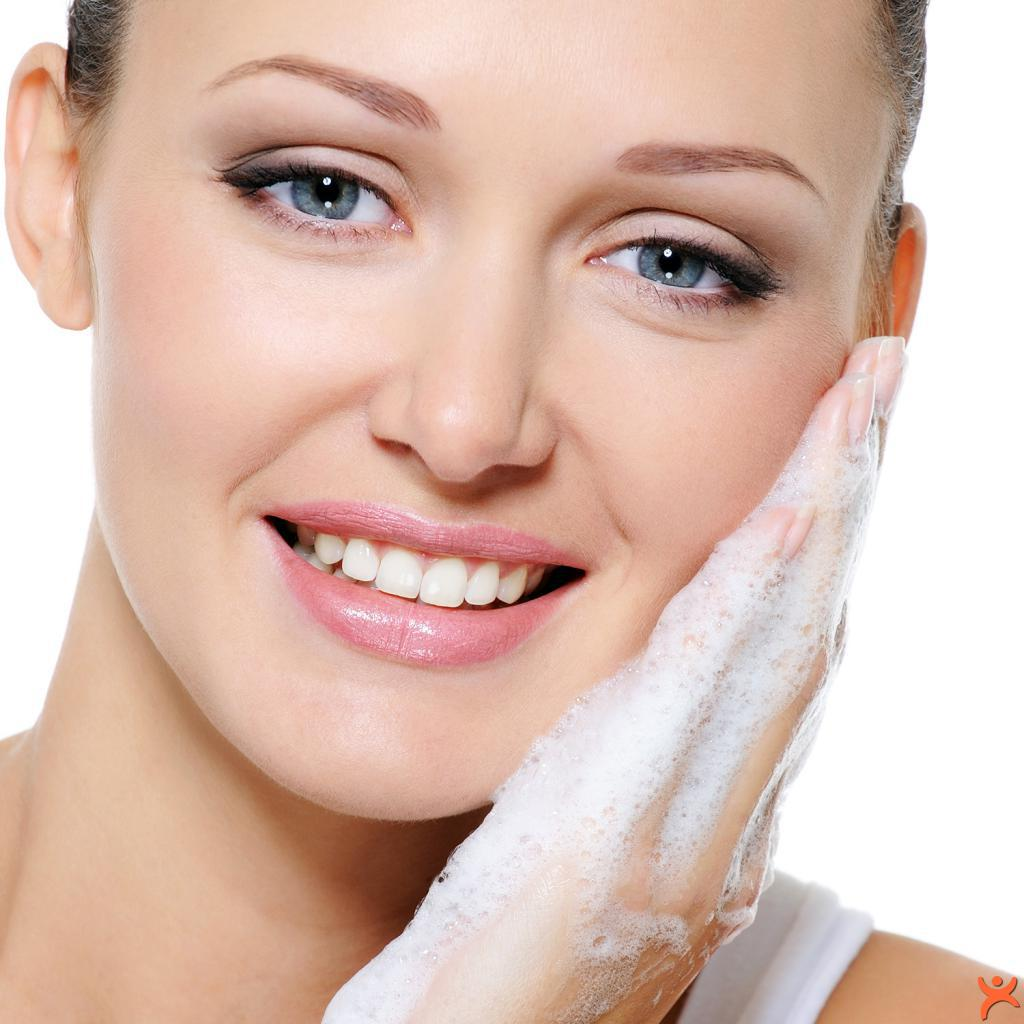 Yüzümüzü Sabunla Yıkamak Zararlı mıdır?