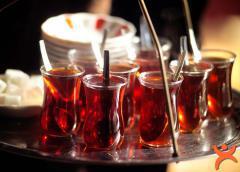 Sıcak Çay İçenlerde Büyük Risk!