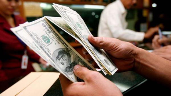 Dolarlarınızı bozduruyor musunuz?