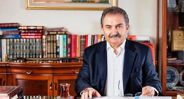 """Namık Kemal Zeybek, """"Türkiye'de Müslüman gibi görünen ama deist olanlar var, Allah'a inanıyor ama dinlere inanmıyor.""""dedi. Siz kendinizi nasıl tanımlarsınız?"""