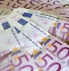 Kim 1 Milyar Euro Ister?